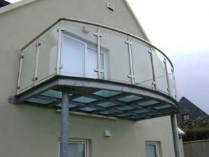 balcon-acier-sur-mesure-arrondi